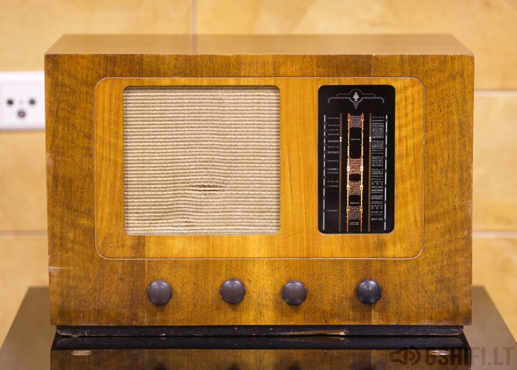 BUSH RADIO TYPE A.C.81 - © 2014 GSHiFi.lt - All rights reserved