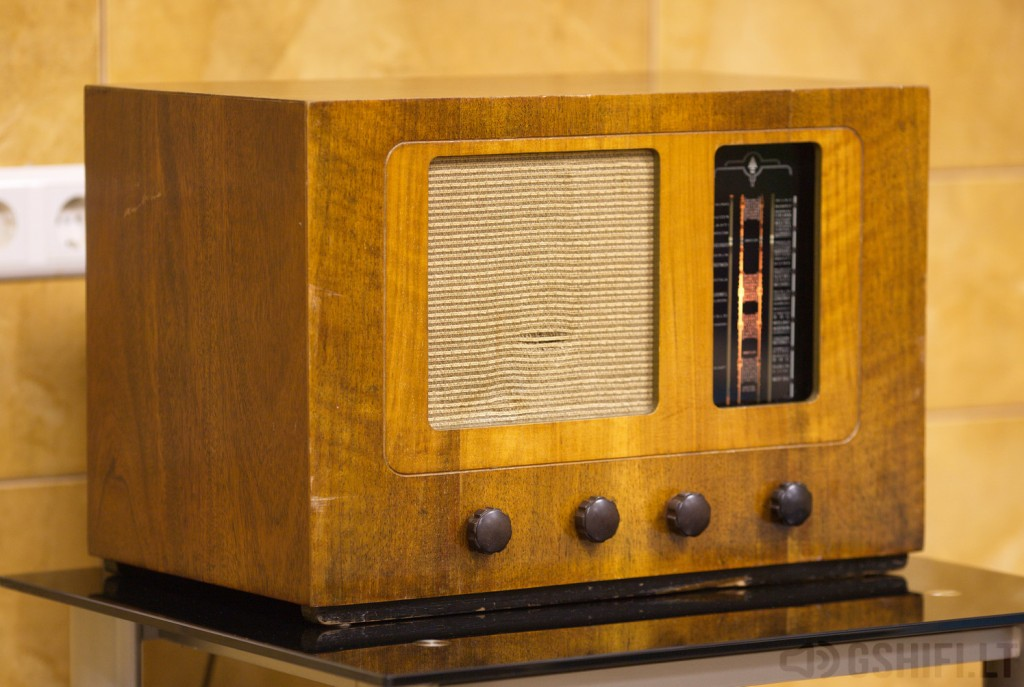 BUSH RADIO TYPE A.C.81 - © 2014 GSHiFi.lt - All rights reserved.._