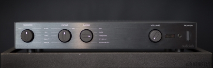 audiolab 8200A Stereo Stiprintuvas